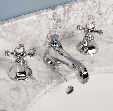 Traditional Bathroom Fixtures Bathroom Faucets Traditional Bathroom Faucets And Showerheads Cincinnati By Signature