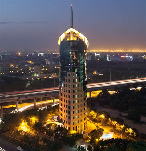 tower gateway boat dlf cyber city gurgaon s business integrated district