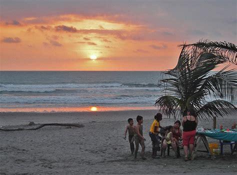 pedernales en ecuador pedernales busca atraer turistas a sus playas