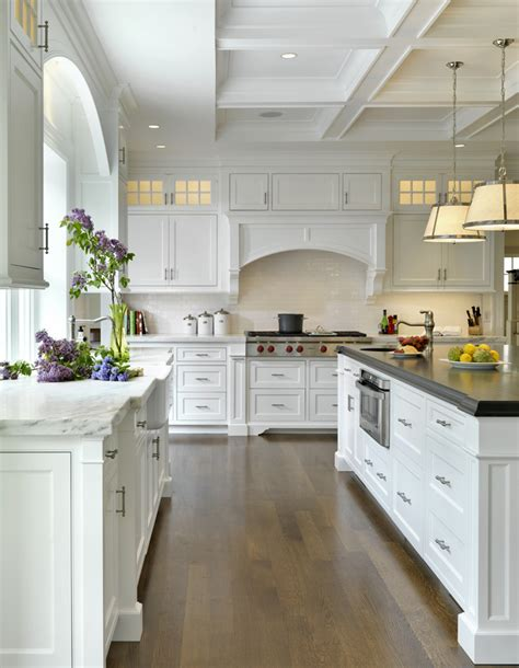 All White Kitchens Inspiration And Makeovers Kitchens With White Cabinets