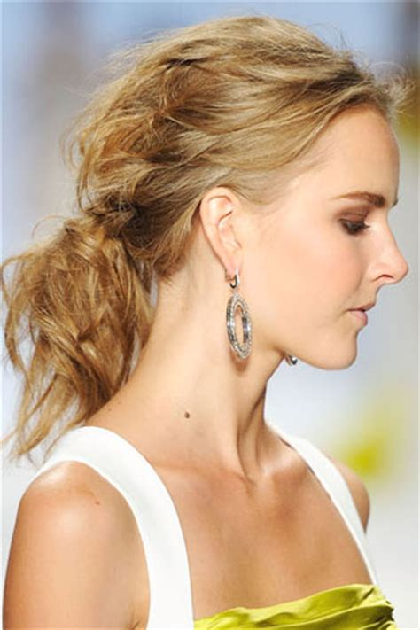 hot hues hairstyles hot hairstyles of twenty eleven from the runway