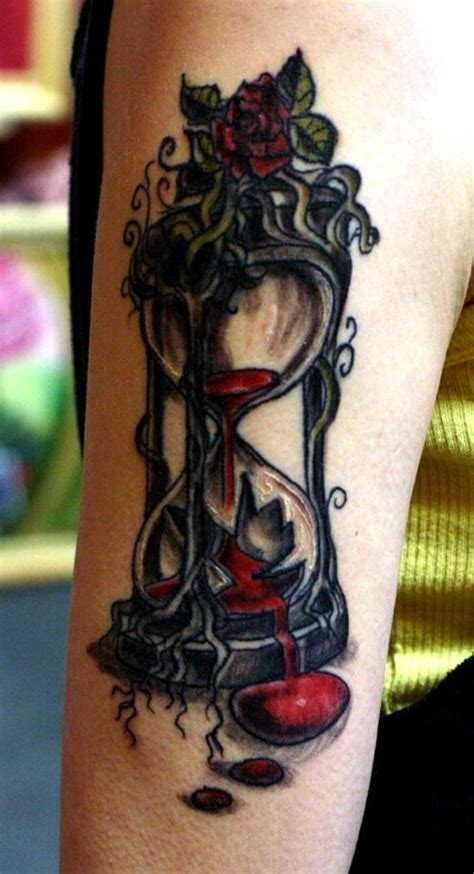 tattoo cost by hour 30 hourglass tattoos for time watchers glasses tattoo