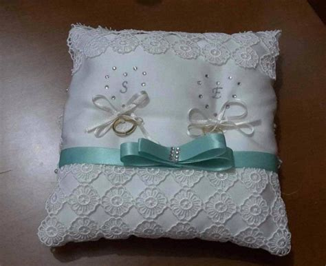 cuscino portafedi da ricamare cuscino portafedi con iniziali feste matrimonio di