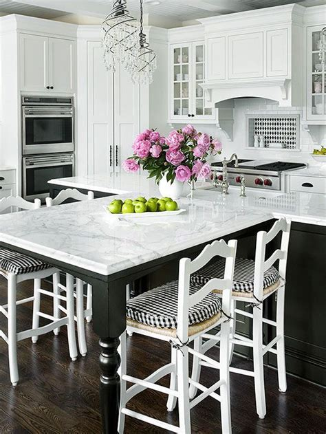 black kitchen island with seating best 20 kitchen island centerpiece ideas on