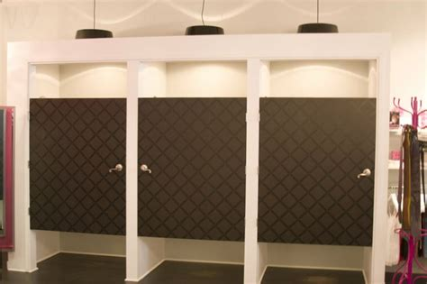 Clothes Changing Room by Retail Fitting Room Doors Custom Changing Rooms With