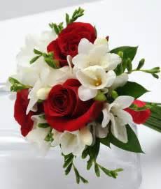 roses bouquet viva las vegas wedding chapels gorgeous wedding flowers bouquets for your las vegas wedding day