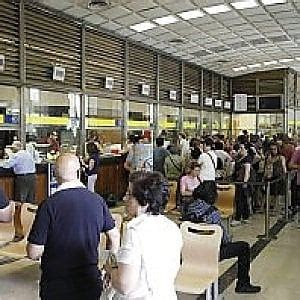 ufficio postale roma prati roma posta in ritardo multe alla sede di prati l agcom