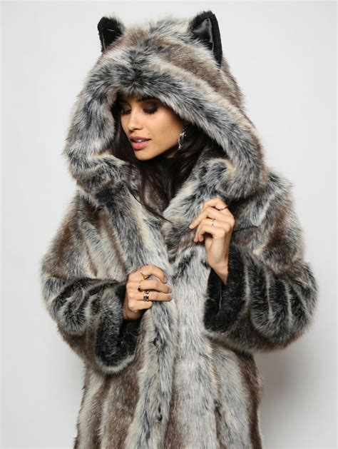 Faux Fur 25 best ideas about faux fur coats on faux