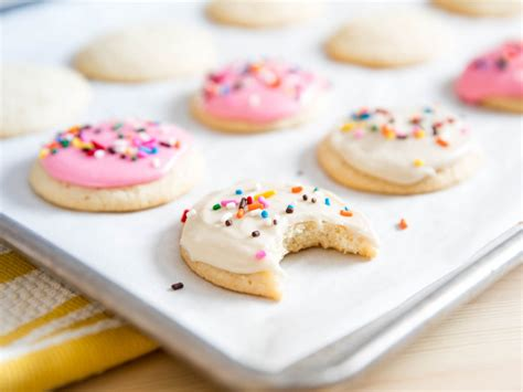 sugar cookie recipes lofthouse style frosted sugar cookies recipe serious eats