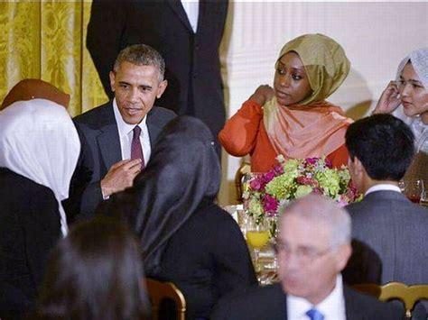 white house dinner obama hosts israel haters at iftar dinner president s table breitbart