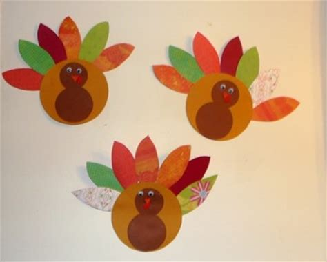 Paper Turkeys To Make - paper turkey family crafts