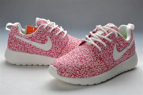 flower pattern roshe nike roshe run pattern women peach white running shoes