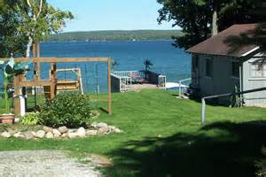 hubbard lake michigan fishing west wind cottages lodging