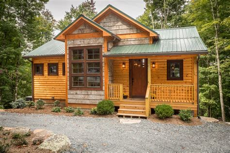 Craftsman Cabin by Rustic Small Cabin Exterior Rustic With Lake House Rustic