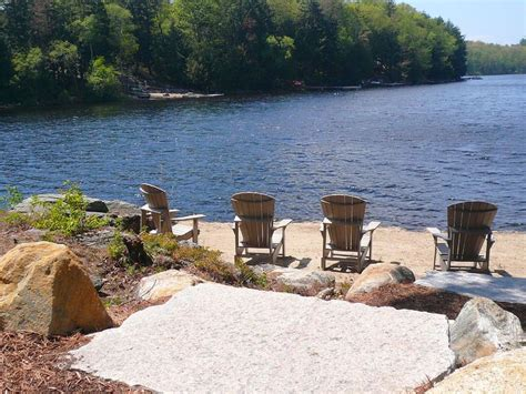 Sand Lake Cottage Rentals by 1000 Ideas About Muskoka Cottage Rentals On