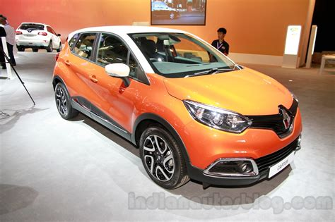 renault indonesia renault captur at the 2014 indonesia international motor
