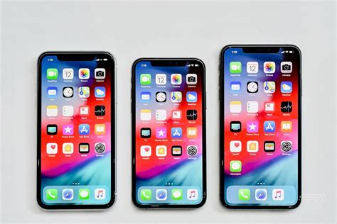 what s the difference between apple iphone xs xs max iphone xr