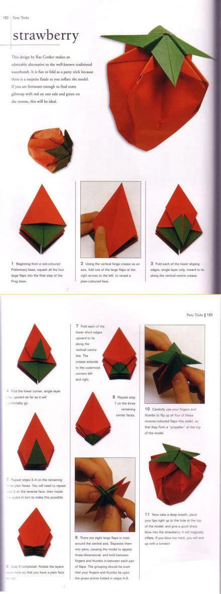 How To Make A Paper Strawberry - 手工小制作 草莓折纸教程 手工 亲亲宝贝网
