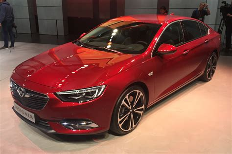 vauxhall insignia grand sport new 2017 vauxhall insignia grand sport prices and specs