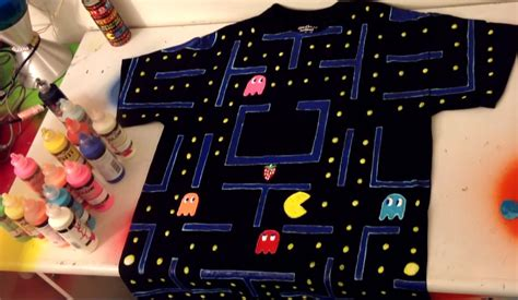 glow in the paint t shirt diy decorate shirt with paint pacman time lapse