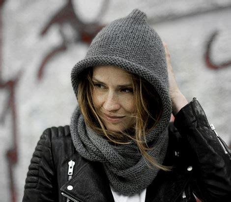 stricken kapuzenschal stirnband aus warmer wolle als praktische alternative zur