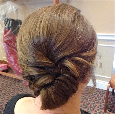 Hairstyles Buns For Medium Hair by Bridal Hairstyles For Medium Hair 32 Looks Trending This