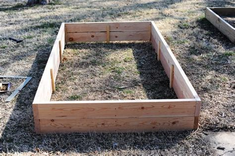 how to build a raised flower bed how to build wooden flower planters woodworking projects