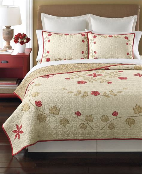 martha stewart quilts and coverlets 112 best images about martha stewart stuff on pinterest