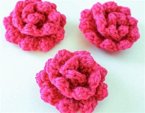 crochet flower pattern easy free 10 simple crochet flower patterns everythingetsy com