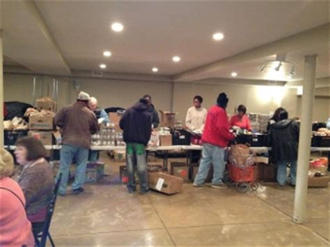 Food Pantry Guidelines Churches by Forest Park Feed The Hungry At Chicago Church Food