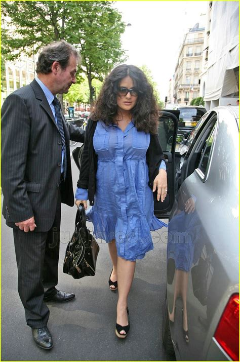 Salma Hayek Baby Bump by Salma Hayek Baby Bump In Blue Photo 156911 Francois