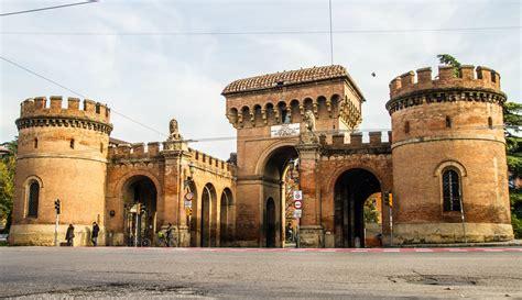 a bologna edifici e vie storiche bologna welcome