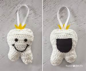 crochet tooth pillow allfreecrochet