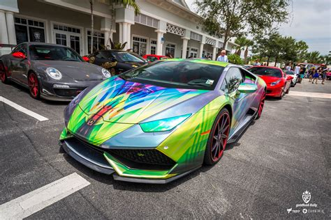 lamborghini custom paint job this crazy lamborghini has the most amazing paint job you