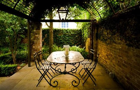 patio furniture new orleans courtyard vistas shabby chic patio new orleans by