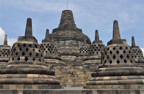 Piring Borobudur Jogja 1 borobudur yogyakarta