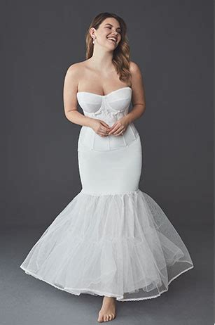 Shapewear Guide: What to Wear Under Your Wedding Dress
