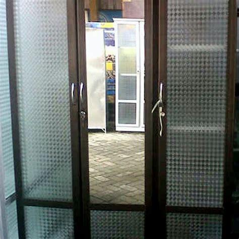 Lemari Pakaian Aluminium 3 Pintu lemari pakaian aluminium frame coklat kaca es 3 pintu