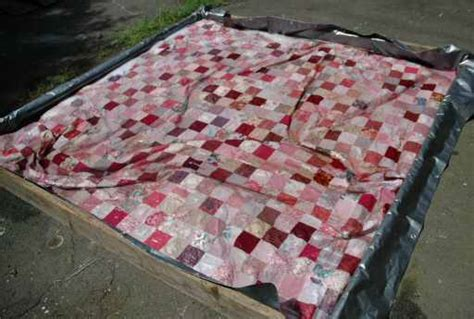 How To Clean Handmade Quilts - washing quilts live web