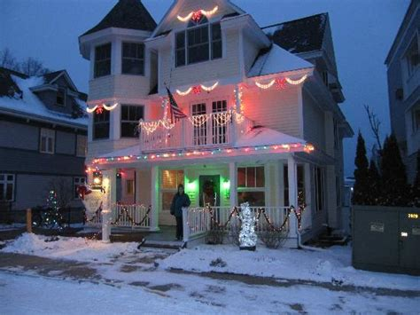all decorated for christmas picture of cottage inn of