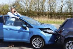 Autounfall Versicherung Melden by Schadensregulierung Unfall Der Versicherung Zu Melden