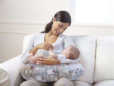cuscino chicco primi mesi idea regalo per una mamma in il cuscino boppy