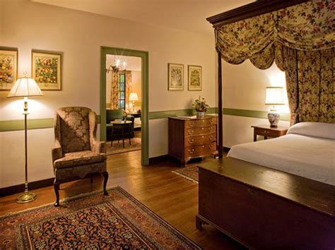 Historic Home Interiors by Well Decorated Homes Historic Colonial Home Interior