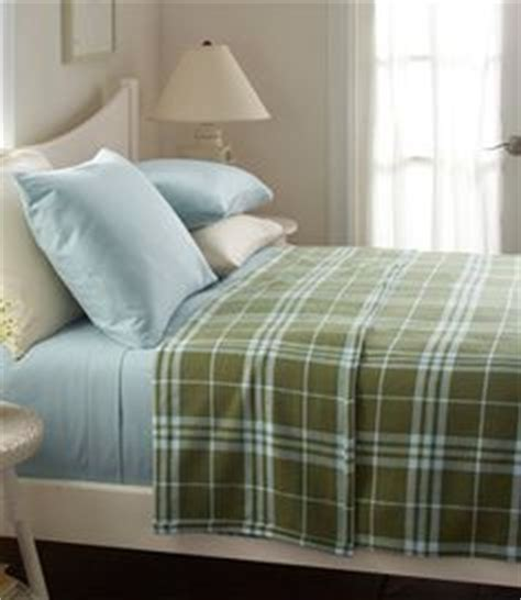 ll bean bedding 1000 images about bedrooms by l l bean on pinterest bedding floral quilts and