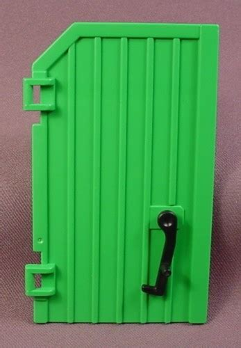swinging barn door latch playmobil left side green barn door with a black swinging