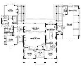 house plans with and bathrooms 16 best images about master suite floor plan on pinterest house plans ux ui designer and