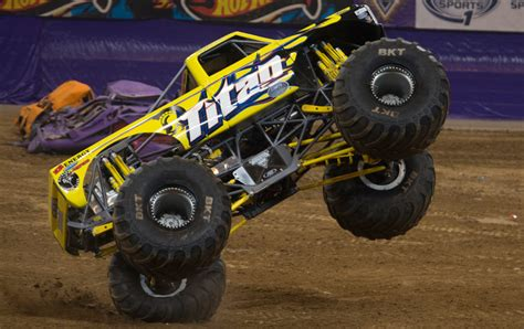 monster truck show in st louis mo monster jam photos st louis monster jam 2015