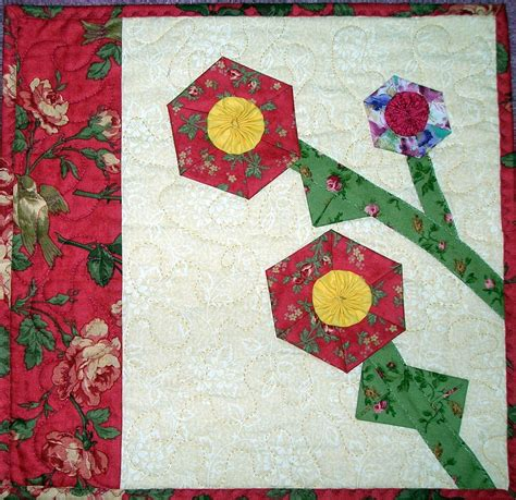 Folded Quilt by Debby Kratovil Quilts 3 D Folded Hexagon Flowers And Free