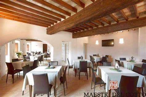 pavimenti per ristoranti pavimenti cotto antimacchia per ristoranti cotto fatto a