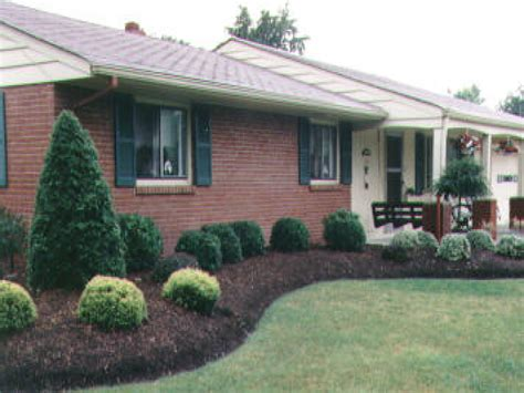 Small Ranch Home Landscaping Ideas Small Brick Homes Landscaping For Ranch Style Homes Small